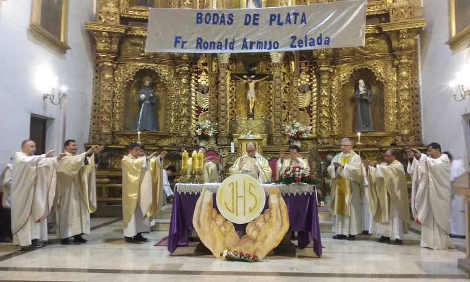 SUCRE – XXV Aniversario de Vida Consagrada de Fr. Ronald