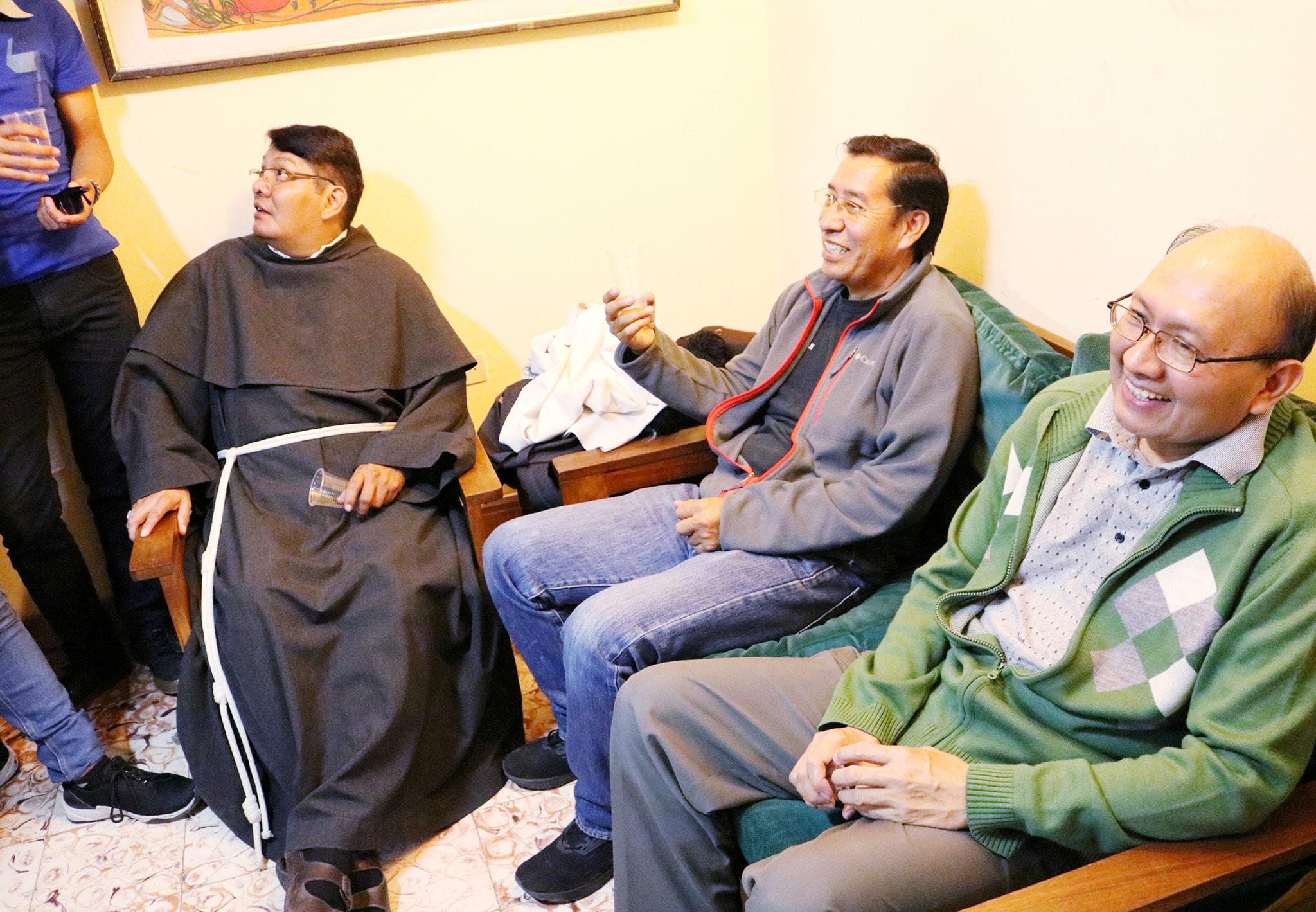 ALALAY – Dando gracias a Dios por nuestros Sacerdotes