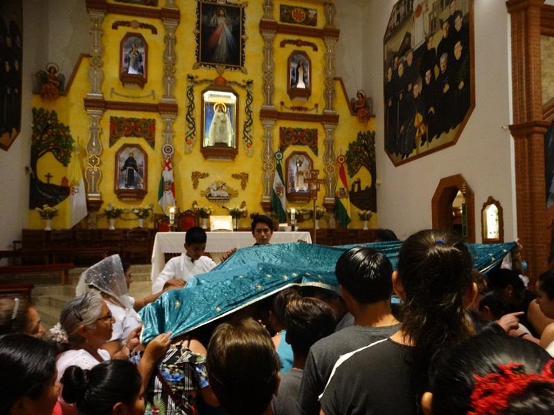 MONTERO – Celebración de bendición con el «manto de la Virgen» en Las Mercedes